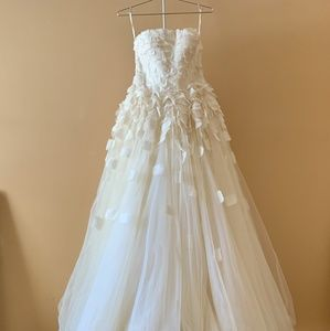 Sylvia wedding gown